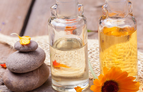 Ätherische & fette Öle