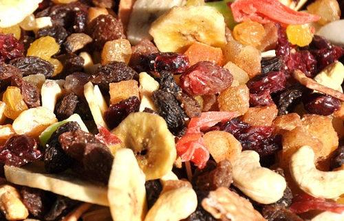Trockenfrüchte, Nüsse & Samen